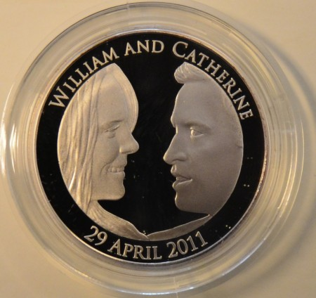UK: 5£ 2011 - William og Catherine